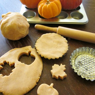 6 Thanksgiving Crafts for Your Busy Turkeys