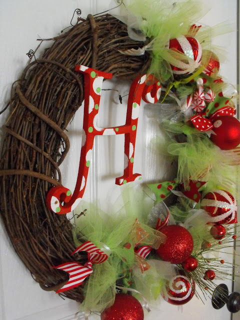 Whimsical Christmas Wreath | Susie Harris #christmas #wreath