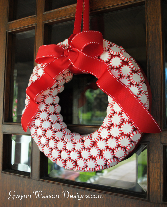Peppermint Candy Wreath | Gwynn Wasson Designs #christmas #wreath