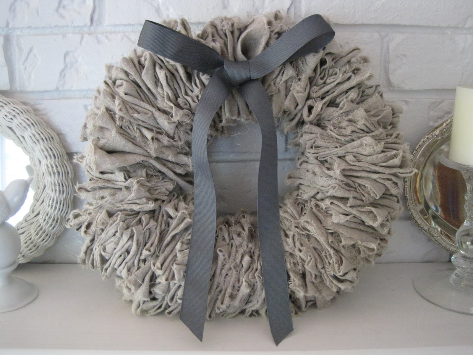 No Sew Linen Wreath | Beautiful Nest #christmas #wreath