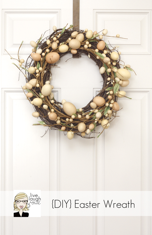 DIY Easter Wreath. Click for 40 more #DIY #Wreath Ideas