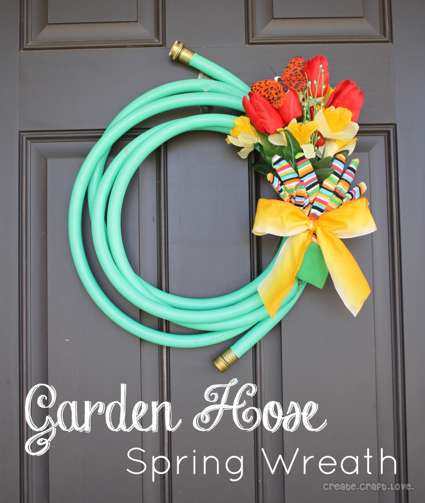 Garden Hose Spring Wreath. Click for more #DIY #Wreath Ideas