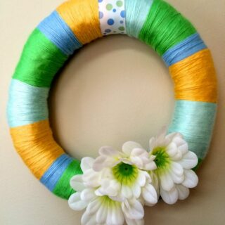 DIY Frugal Easy Yarn Spring Wreath Tutorial
