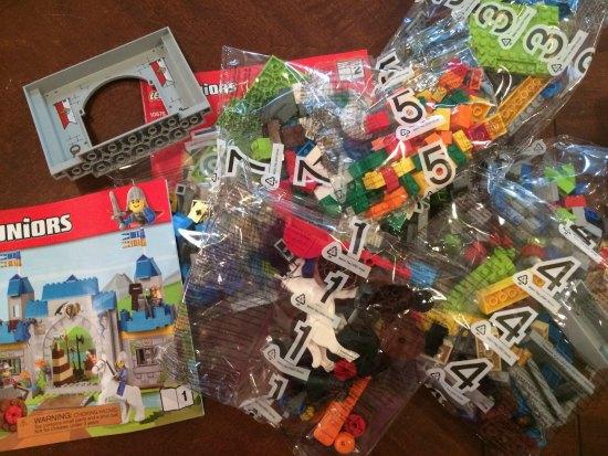 Lego Junior Contents