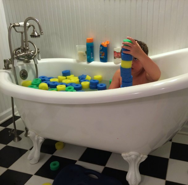 Sensory Pool Noodle Bath | Mommy Evolution