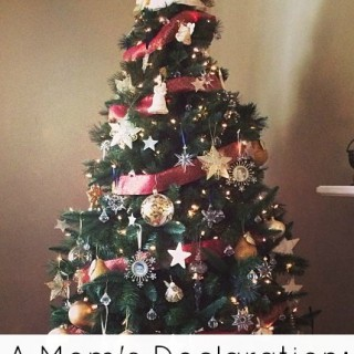 Keeping a Christmas Tree For Me – A Mom's Declaration