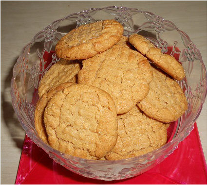 Easy 3 Ingredient Peanut Butter Cookie Recipe | Poems & Quote Finders