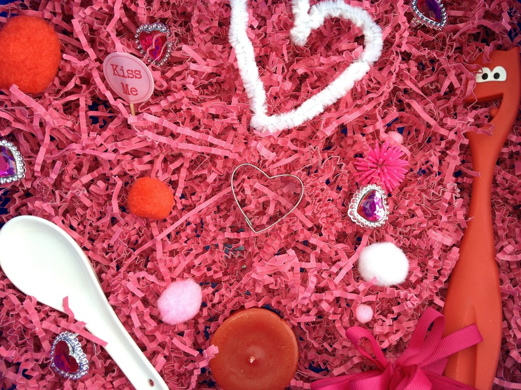 Valentine Sensory Bin. Click for more #sensory bin ideas for #ValentinesDay