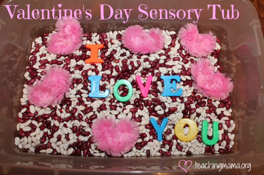 Valentine's Day Sensory Bin. Click for more #sensory bin ideas for #ValentinesDay