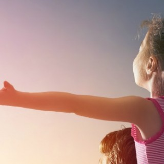 How to Use Positive Reinforcement in Parenting