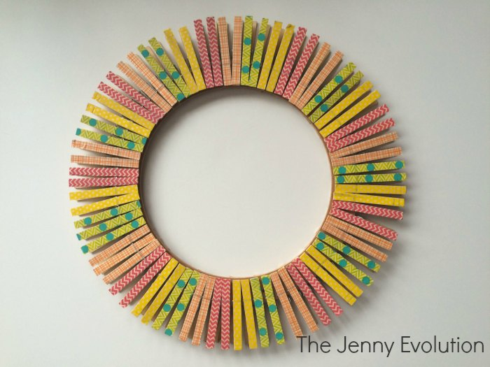 Spring Clothespin Wreath Centerpiece | The Jenny Evolution