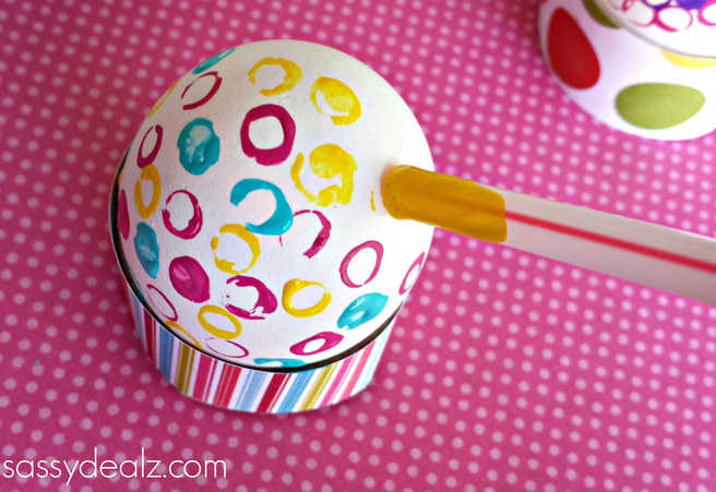 Decorate Easter Eggs with Straws   Crafty Morning
