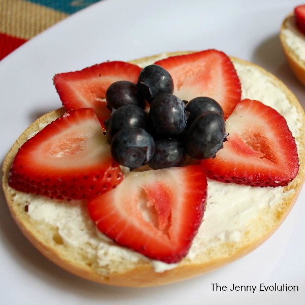 Strawberry Blueberry Breakfast Bagels for 4th of July!