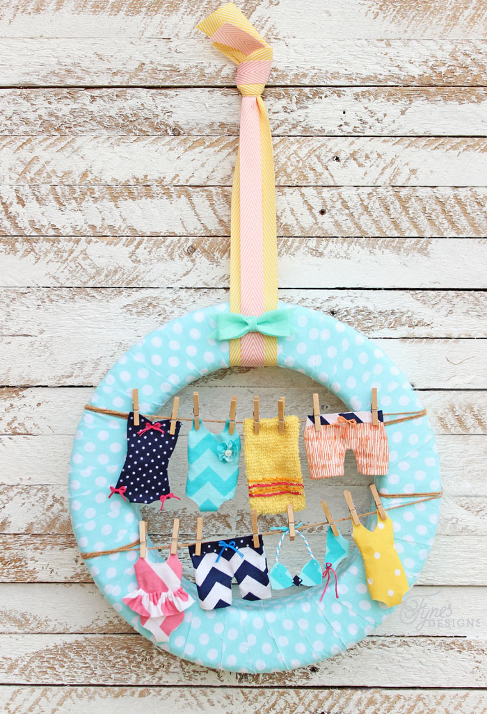 Summer Wreath - Swimsuits on the Clothesline Tutorial