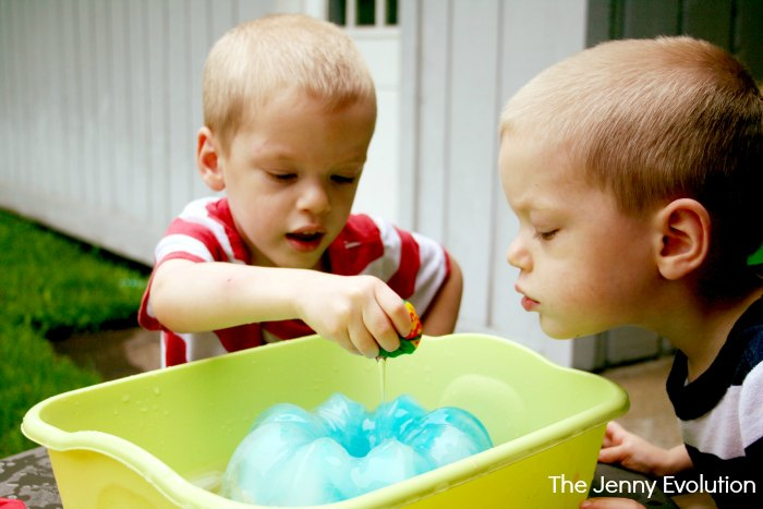 Sensory Play with Frozen Ice Balls