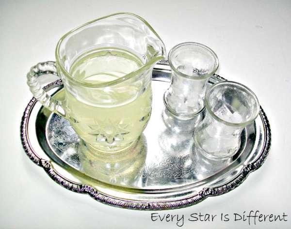 Pouring Lemonade - Montessori Inspired Picnic Activities