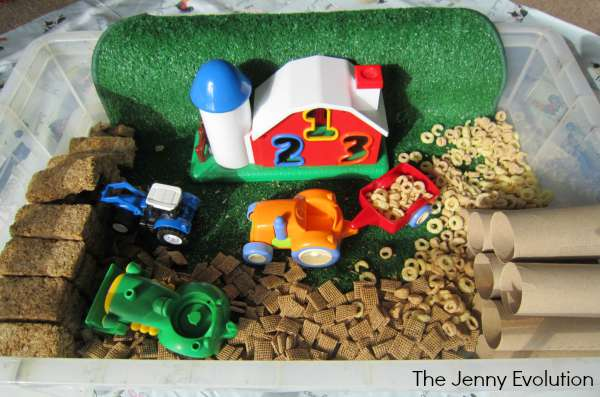 Fall Harvest Sensory Bin (Sensory Food Activities) | The Jenny Evolution