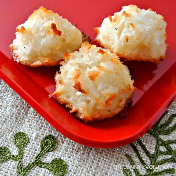 Homemade Coconut Macaroon Cookies | The Jenny Evolution