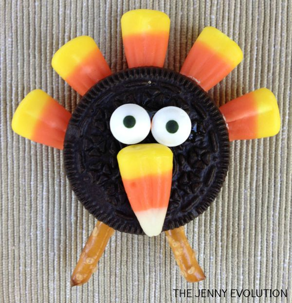 DIY Oreo Candy Corn Turkey Cookies | Mommy Evolution