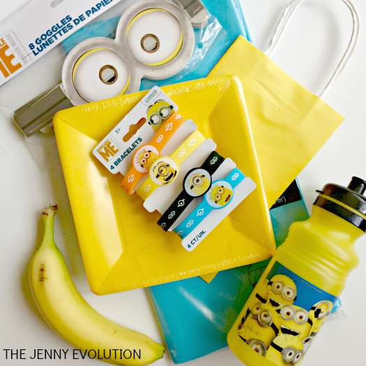 Minion Birthday Party Gift Bag Ideas | The Jenny Evolution