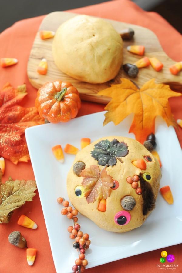 Pumpkin Spice Play Dough Recipe