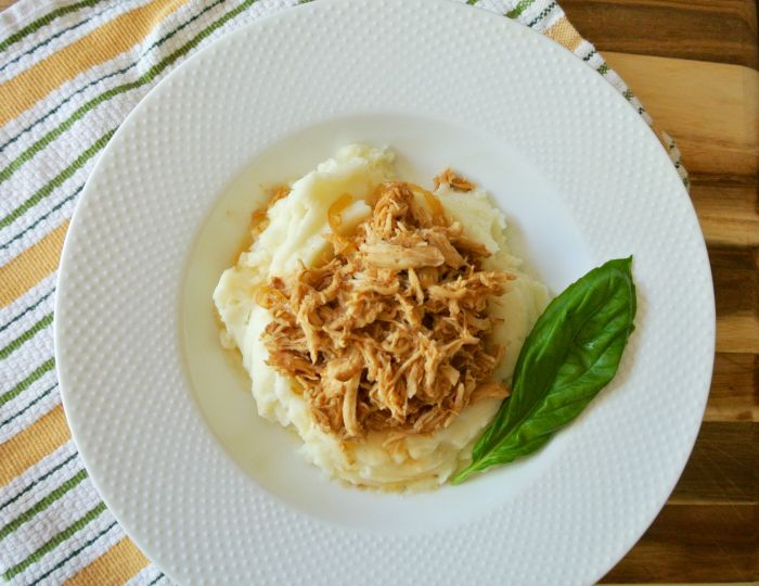 Slow Cooker BBQ Pulled Chicken Recipe with Mashed Potatoes