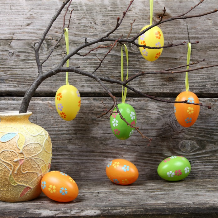 DIY Easter Egg Decoration Square