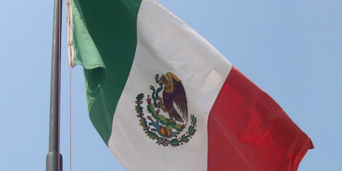 Mexican flag - mexico for kids