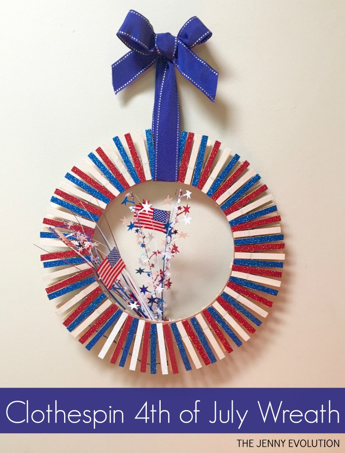 DIY Clothespin 4th of July Wreath Tutorial