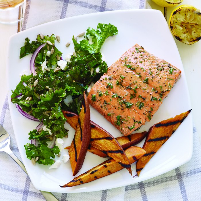 Grilled Plank Salmon Square