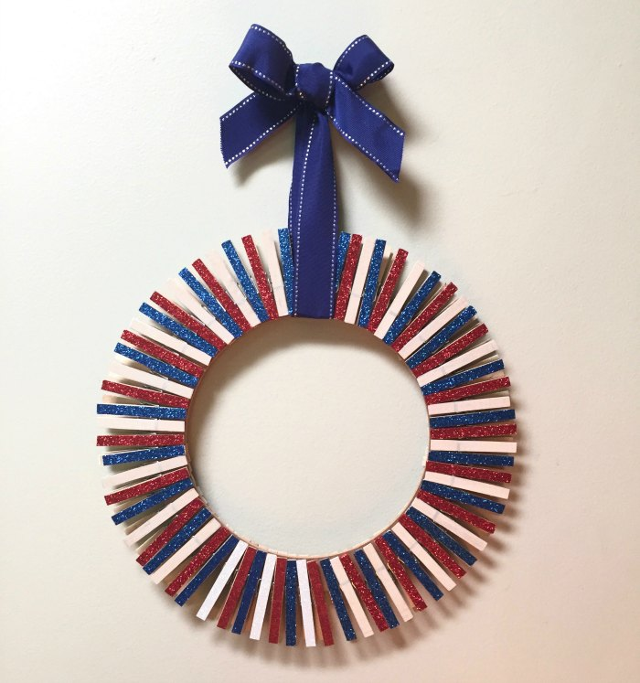July wreath without added decorations