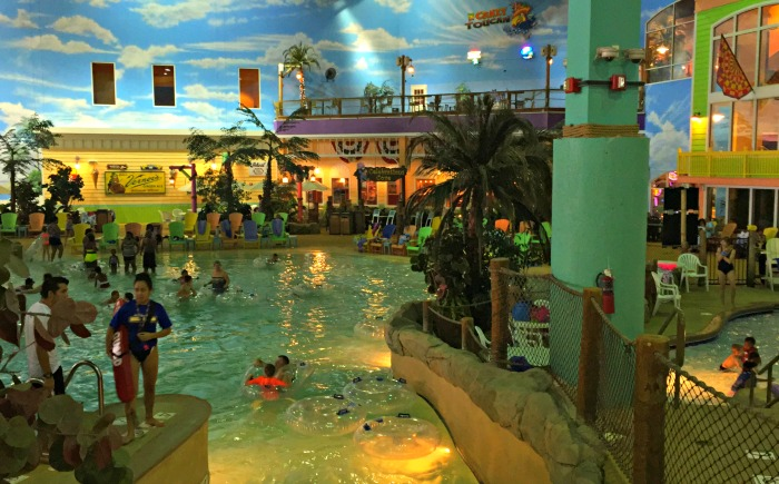 Featuring an 80, square foot waterpark, an indoor rock climbing wall, arcade, bowling alley and 8 on-site dining options, Great Wolf Lodge Chicago/Gurnee offers hour entertainment in Gurnee, IL/10(23).