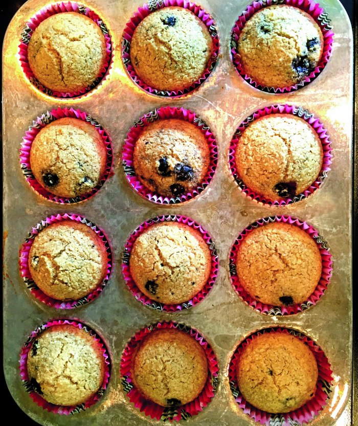 oatmeal-blueberry-muffins