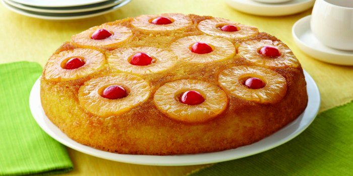 old-fashioned-upside-down-cake-fb