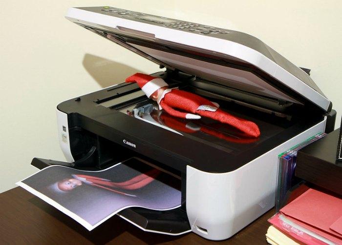 Photocopy / photocopier Elf on the Shelf