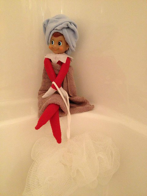 Elf Spa Day with loofa - Elf on the Shelf Ideas