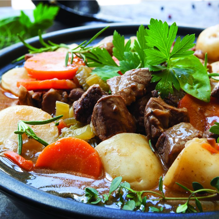 Irish Beef Stew Recipe | Mommy Evolution #beefstew #irishbeefstew #stpatricksday #stpatricksdayrecipe
