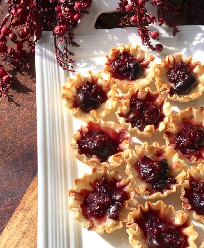Brie and Cherry Phyllo Cup Bites | Mommy Evolution