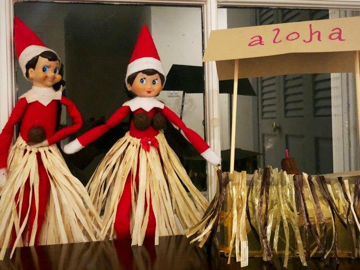 Enjoying a Trip to Hawaii with Elf on the Shelf | Mommy Evolution #elfontheshelfideas #elfontheshelf