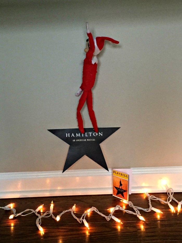 Hamilton Broadway Elf on the Shelf | Mommy Evolution #elfontheshelfideas #elfontheshelf