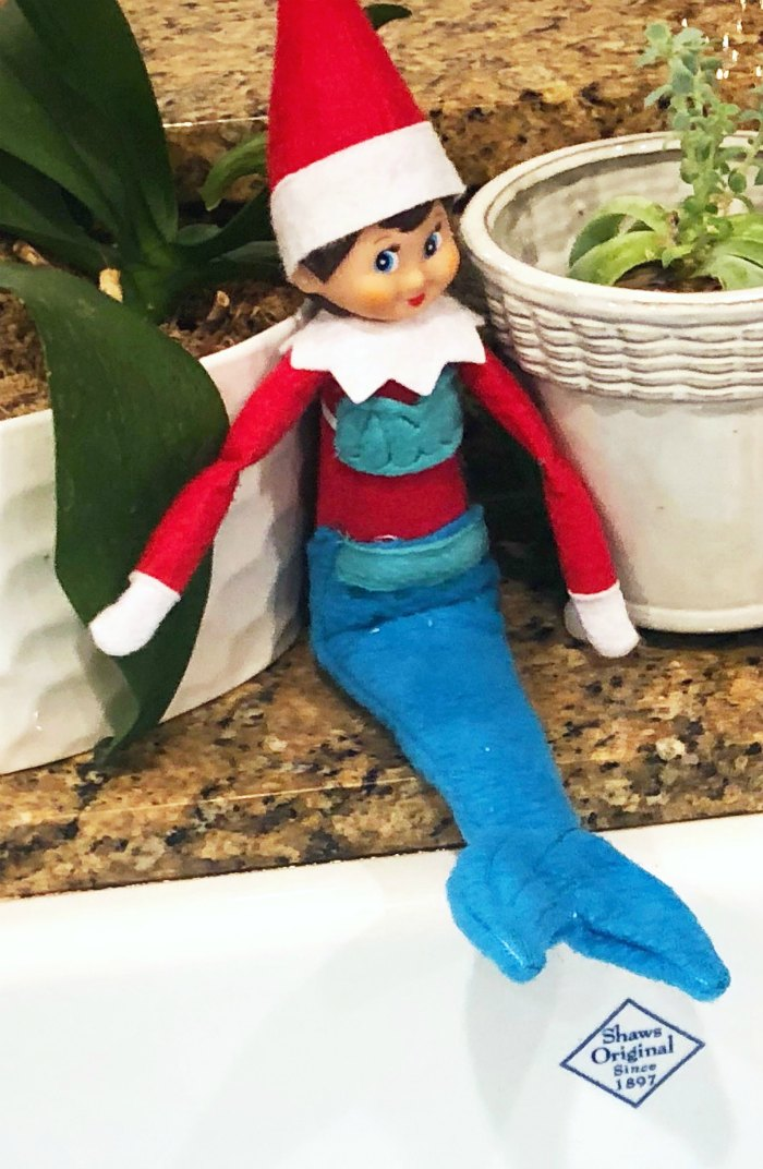 Pool Day for the Elf on the Shelf with her Mermaid Tail Costume | Mommy Evolution #elfontheshelfideas #elfontheshelf