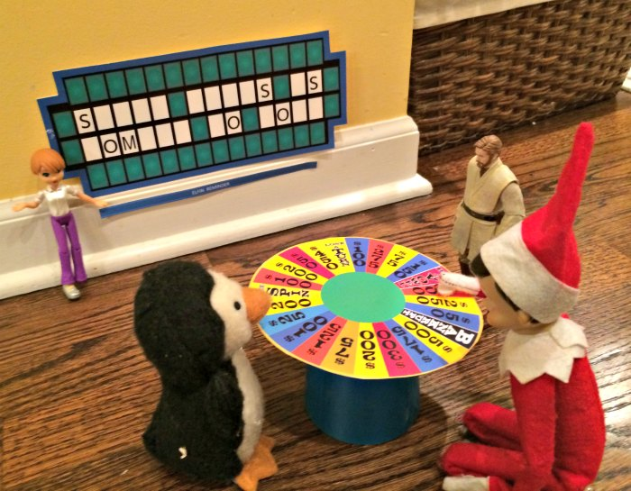 Wheel of Fortune Game with Elf on the Shelf | Mommy Evolution #elfontheshelfideas #elfontheshelf