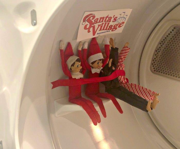 Santa's Village Amusement Park | Mommy Evolution #elfontheshelfideas #elfontheshelf